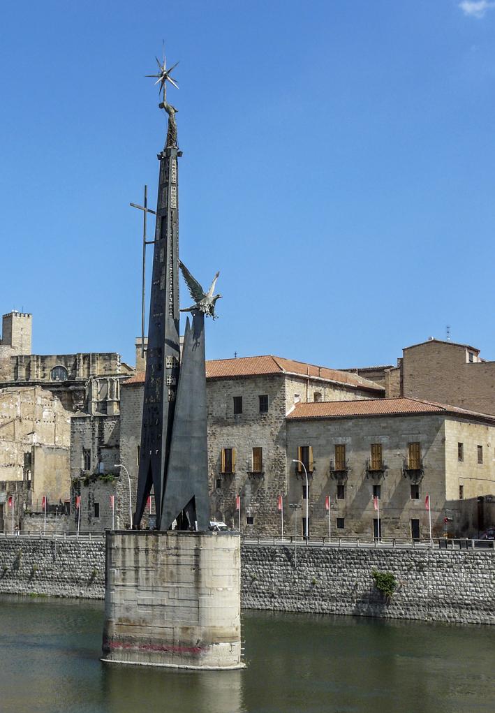 Històrria de Catalunya. Tortosa. Monument franquista
